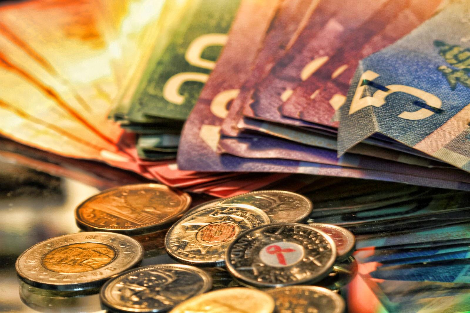 Чем притягивают деньги в домашних условиях 741